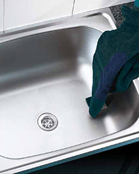 Industrial and commercial laundry products