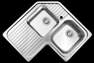 Space saving right hand kitchen corner sink